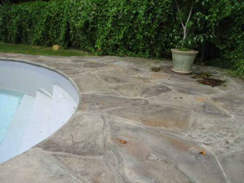 Natural Stone Pool Coping
